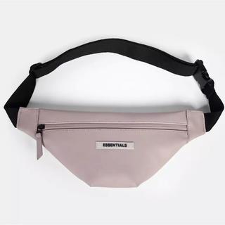 フィアオブゴッド(FEAR OF GOD)のFOG Essentials Waterproof Sling Bag(ウエストポーチ)