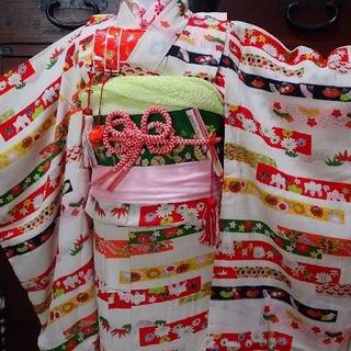 七歳 レトロ白横段 お着物フルセット(和服/着物)