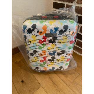 ミッキーマウス(ミッキーマウス)の*新品未使用品* ミッキーマウス スーツケース小 アメリカンツーリスター 送料込(スーツケース/キャリーバッグ)