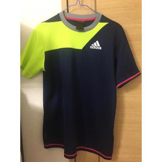 アディダス(adidas)のadidasTシャツ(シャツ/ブラウス(半袖/袖なし))