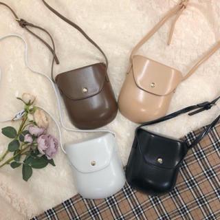 ゴゴシング(GOGOSING)のmellow  neon (pocket mini back)(ショルダーバッグ)