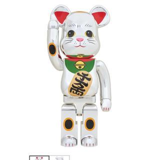 メディコムトイ(MEDICOM TOY)のBE@RBRICK 招き猫 銀メッキ 弐 1000% メディコム・トイ(その他)