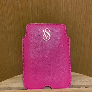 ヴィクトリアズシークレット(Victoria's Secret)のVICTORIA'S SECRET マルチスマートフォンケース(iPhoneケース)