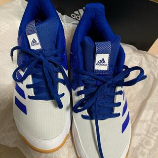 アディダス(adidas)の美品☆バレーボールシューズ☆体育館シューズ(バレーボール)