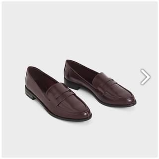 チャールズアンドキース(Charles and Keith)のブラウンカラー クラシックローファー CHARLES & KEITH(ローファー/革靴)