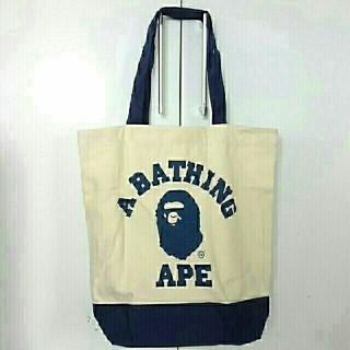 アベイシングエイプ(A BATHING APE)のBATHING APE *大猿カレッジロゴトート(トートバッグ)