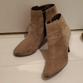 ダイアナ(DIANA)のDIANA ショートブーツ スエード ベージュ(ブーツ)