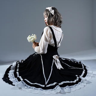 フェイバリット(Favorite)のfavorite リゼロコラボ スカート(ひざ丈スカート)