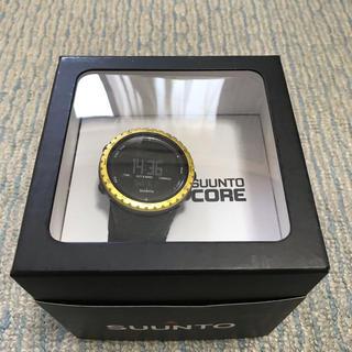 スント(SUUNTO)のSUUNTO CORE スント コア ブラック・イエローベゼル(腕時計(デジタル))