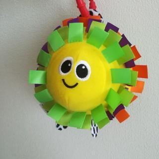 サッシー(Sassy)のSassy サッシー リボン ボール ラスカル 赤ちゃん おもちゃ 魚  ベビー(がらがら/ラトル)