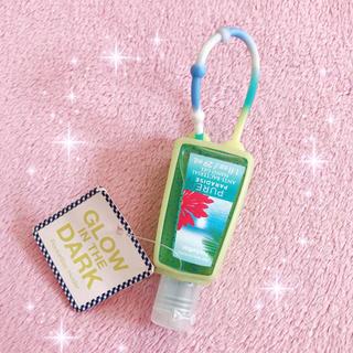 バスアンドボディーワークス(Bath & Body Works)の☆Bath&Body Works☆ハンドジェル&グリーンケース☆新品(アルコールグッズ)