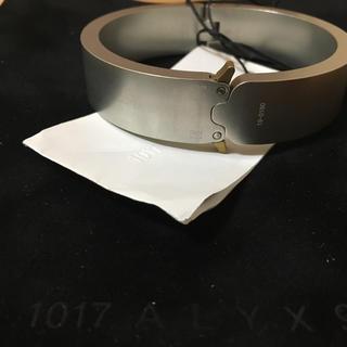 バレンシアガ(Balenciaga)のalyx buckleブレスレット(ブレスレット)
