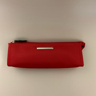 バーバリー(BURBERRY)の未使用品 Burberry⭐︎バーバリー赤いペンケース メイク筆 (ペンケース/筆箱)