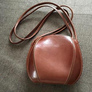 イタリアの名門鞄マニファクチャラーDE VECCHI 革製ショルダーバッグ(ショルダーバッグ)