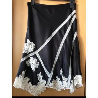 ビーシービージーマックスアズリア(BCBGMAXAZRIA)の黒 レース フレアスカート(ひざ丈スカート)