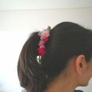 送料無料☆ラッピング無料☆紫陽花のバナナクリップ pink リボンフラワー(ヘアアクセサリー)