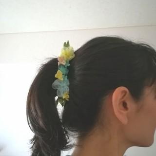 送料無料☆ラッピング無料☆紫陽花のバナナクリップ yellow リボンフラワー(ヘアアクセサリー)