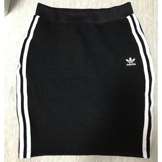 アディダス(adidas)のアディダス スカート adidas(ひざ丈スカート)