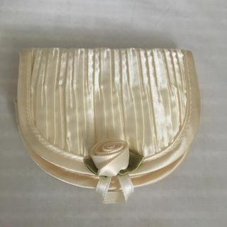 シルキーベージュ・バラの飾りの化粧 小物 布ケース【配送料込】(メイクボックス)