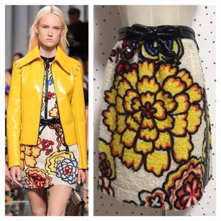 ルイヴィトン(LOUIS VUITTON)の本物 ルイヴィトン 花柄 デザイン スカート 36 LOUIS VUITTON(ミニスカート)