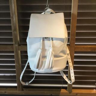 ザラ(ZARA)の【新品・未使用】ZARA フリンジ付き2wayバッグ(リュック/バックパック)
