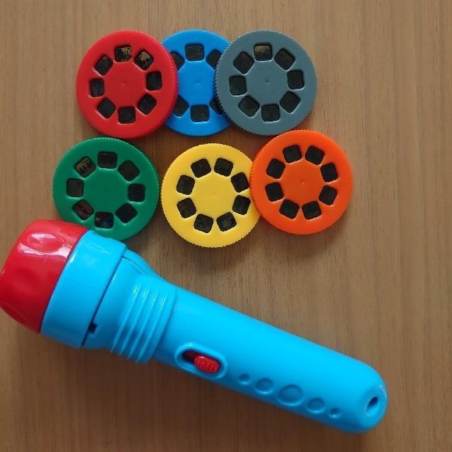 きかんしゃトーマス おはなしプロジェクター キッズ/ベビー/マタニティのおもちゃ(知育玩具)の商品写真