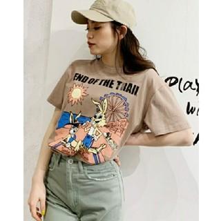 ジェイダ(GYDA)のGYDA HONNEYBUNNY Beach  Tシャツ(Tシャツ/カットソー(半袖/袖なし))