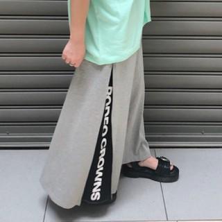 ロデオクラウンズワイドボウル(RODEO CROWNS WIDE BOWL)の新品グレー ROGOサイドスリットスカート(ロングスカート)