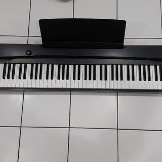 カシオ(CASIO)のカシオ 電子ピアノ プリヴィア Privia PX-135BK(電子ピアノ)