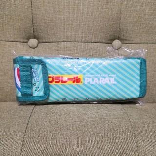 タカラトミー(Takara Tomy)のプラレールE6系秋田こまち&500系新幹線PETボトルホルダー(ノベルティグッズ)