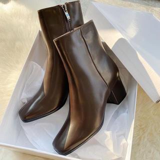 ダイアナ(DIANA)の新品未使用★スクエアショートブーツ(ブーツ)