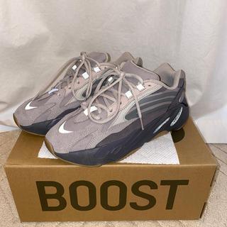 アディダス(adidas)のadidas YEEZY BOOST 700 V2 アディダス(スニーカー)