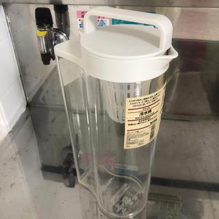 ムジルシリョウヒン(MUJI (無印良品))の無印❤️アクリル冷水筒(容器)