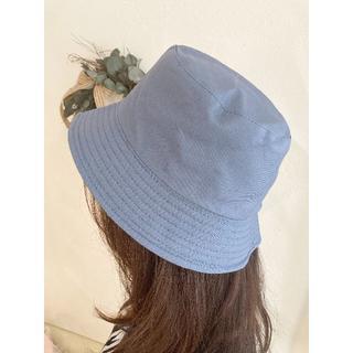 帽子 バケットハット ブルー+黒 リバーシブル レディース 韓国 新品未使用品(ハンチング/ベレー帽)