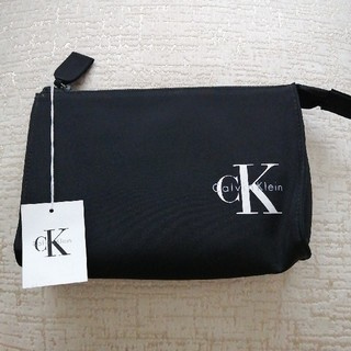 シーケーカルバンクライン(ck Calvin Klein)の☆新品未使用☆カルバンクライン 化粧 ポーチ(ポーチ)