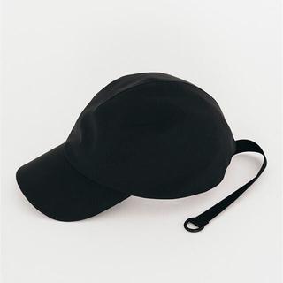 ハイク(HYKE)のadidas by HYKE CAP コラボキャップ 帽子 黒(キャップ)