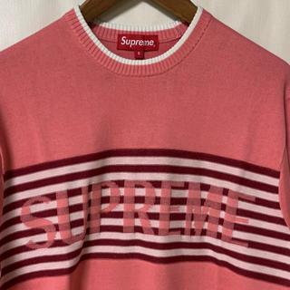 シュプリーム(Supreme)の●定価以下 Chest Stripe Sweater Coral  Sサイズ(ニット/セーター)