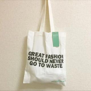 エイチアンドエム(H&M)のH&Mのオリジナル 薄手 トートバッグ ( エコバッグ ) (トートバッグ)