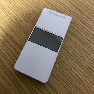 エルジーエレクトロニクス(LG Electronics)のガラケー docomo L-03B(携帯電話本体)
