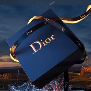 クリスチャンディオール(Christian Dior)の★ディオール ギフトボックス オム リボン付き(ラッピング/包装)