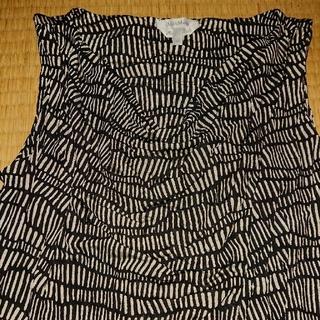 マックスマーラ(Max Mara)のMaxMara ノースリーブトップスMサイズ(カットソー(半袖/袖なし))