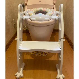トイレの補助便座 カエル