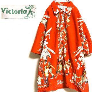 ヴィクトリアズシークレット(Victoria's Secret)のVictoria 総柄アロハシャツ 派手シャツ(シャツ)