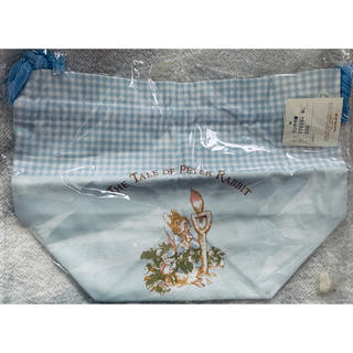 ファミリア(familiar)のピーターラビットランチ巾着 770204 BL(弁当用品)