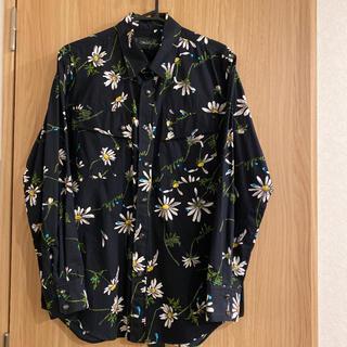 ミルクボーイ(MILKBOY)のmilkboy ミルクボーイ マーガレット柄 シャツ ネイビー 紺色(シャツ)