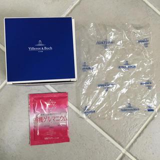 ビレロイアンドボッホ(ビレロイ&ボッホ)のVilleroy&Boch ビレロイボッホ 贈答 箱 ビニール おまけ 入浴剤(ショップ袋)