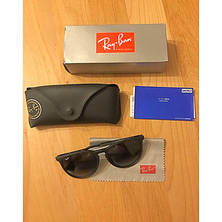 トゥモローランド(TOMORROWLAND)のRay Ban  レイバン サングラス  眼鏡 ブラック ユニセックス 美品(サングラス/メガネ)