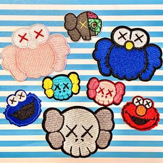 メディコムトイ(MEDICOM TOY)の【アイロンワッペン】kaws カウズ No.1(ブルー)8点セット(各種パーツ)