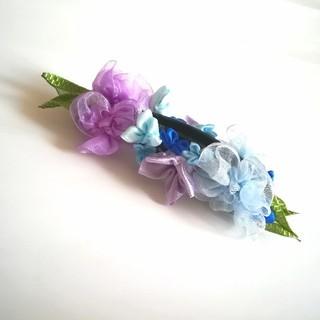 ラッピング無料☆紫陽花のバナナクリップ blue リボンフラワー(ヘアアクセサリー)