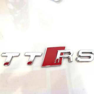 AUDI - audi TTRS メッキエンブレム 新品